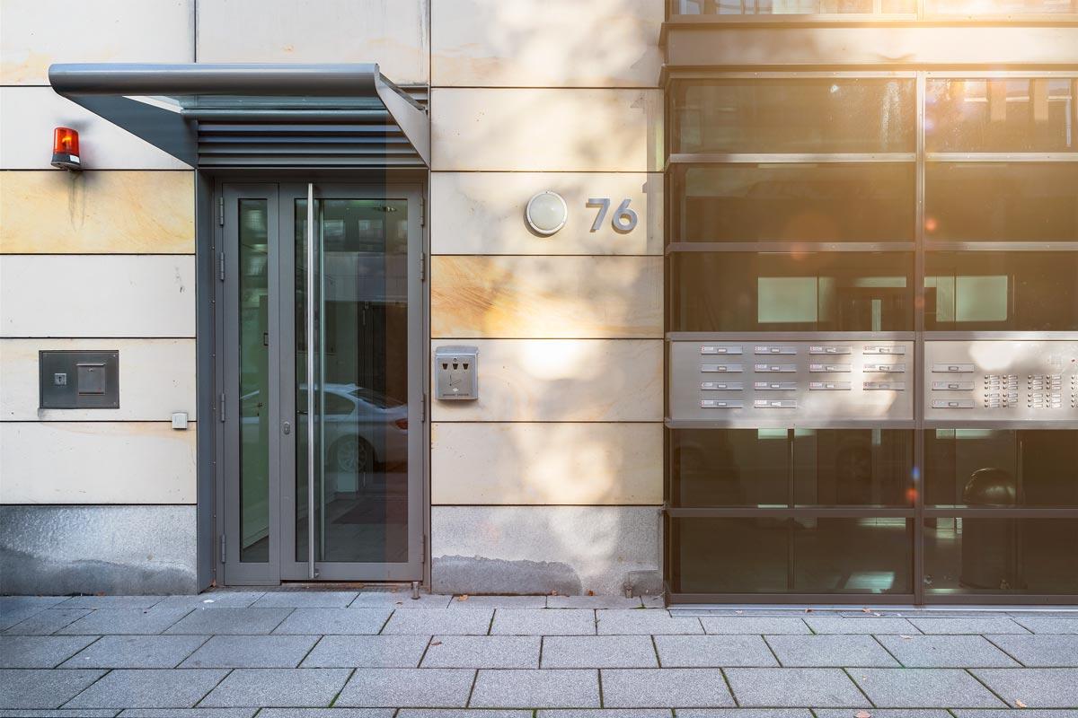 4 Tipps zur neuen Edelstahl Hausnummer 1