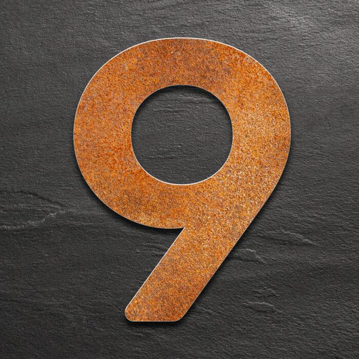 """Vintage Hausnummer 9 """"Essence"""" / N.09.R 1"""