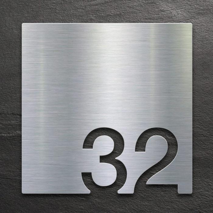 Edelstahl Zimmernummer 32 / Z.03.032.E 1