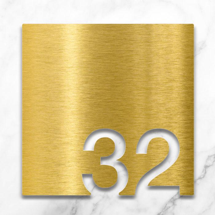 Messing Zimmernummer 32 / Z.03.032.M 2